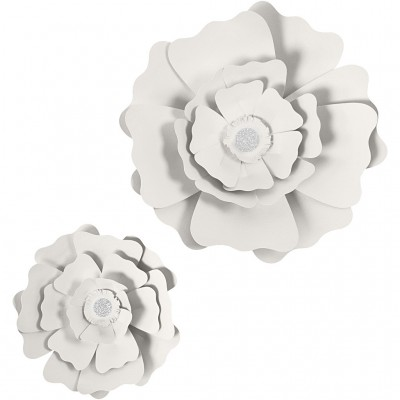 Set of 2 White Paper Flowers